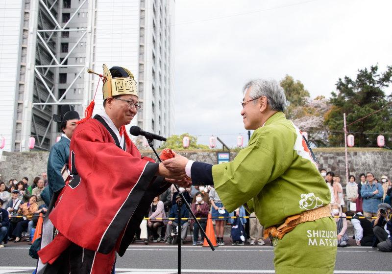 江戸時代の通信使による日本と朝鮮との交流です。