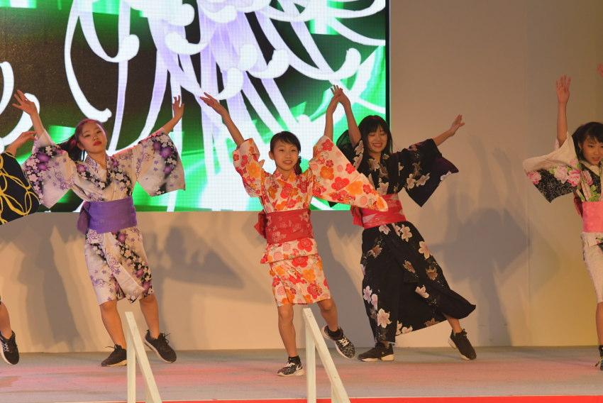 ダンス MIYAVI