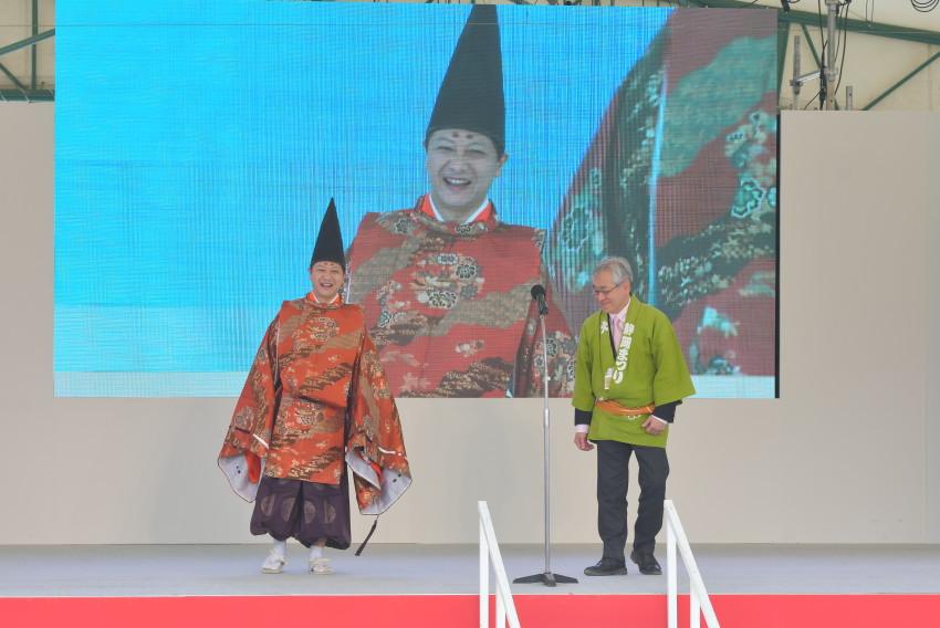 出発式の開会です。今川義元役は田辺静岡市長 ぽいね